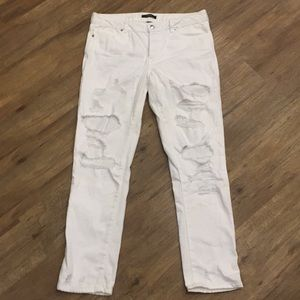 White ripped forever 21 jeans